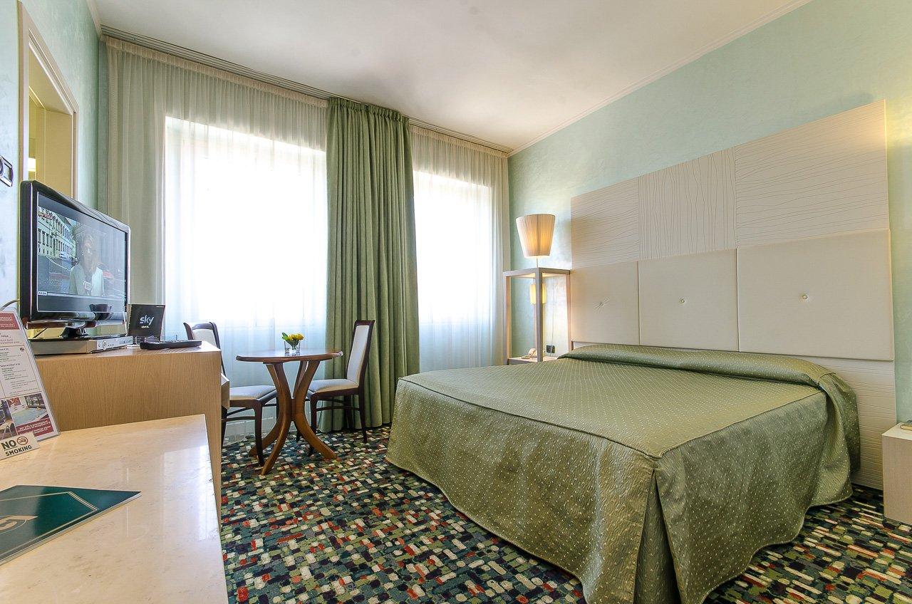 CAMERA standard HOTEL SANTACROCE OVIDIUS SULMONA